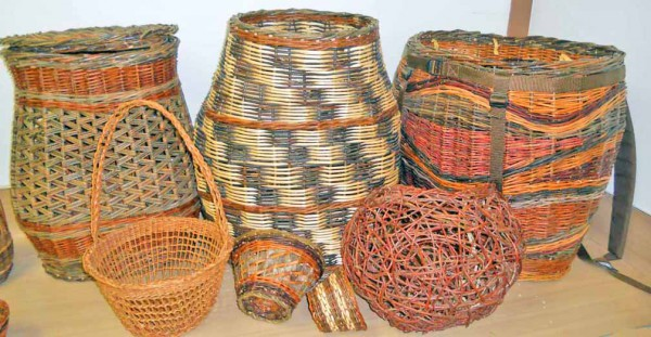 Examples of baskets made from willow that will be used in the basket class